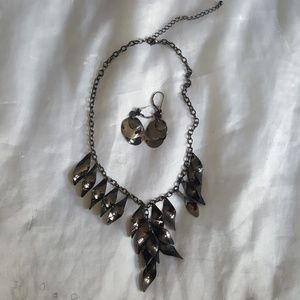 Jewelry - Statement necklace and earrings set